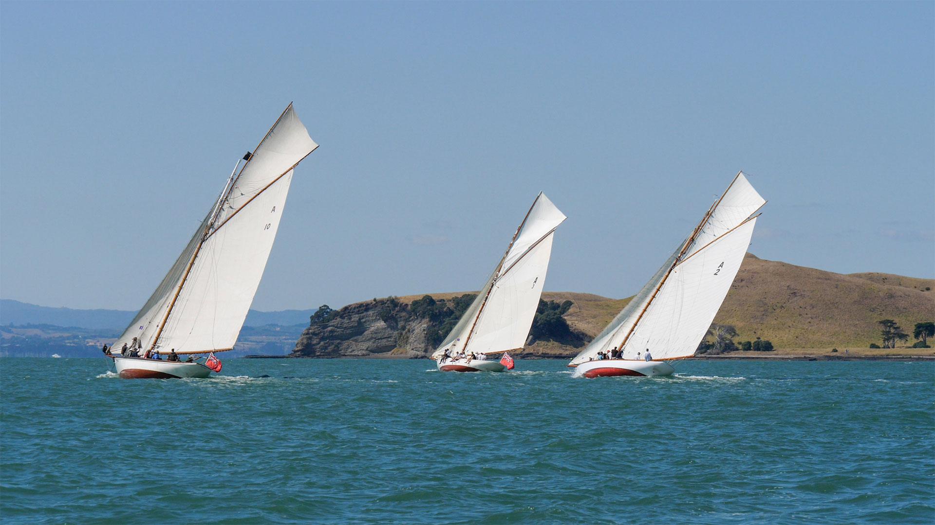 Winter series classic yacht racing