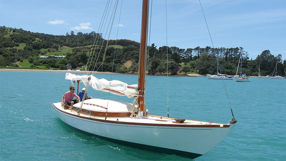 Jonquil Classic Yacht