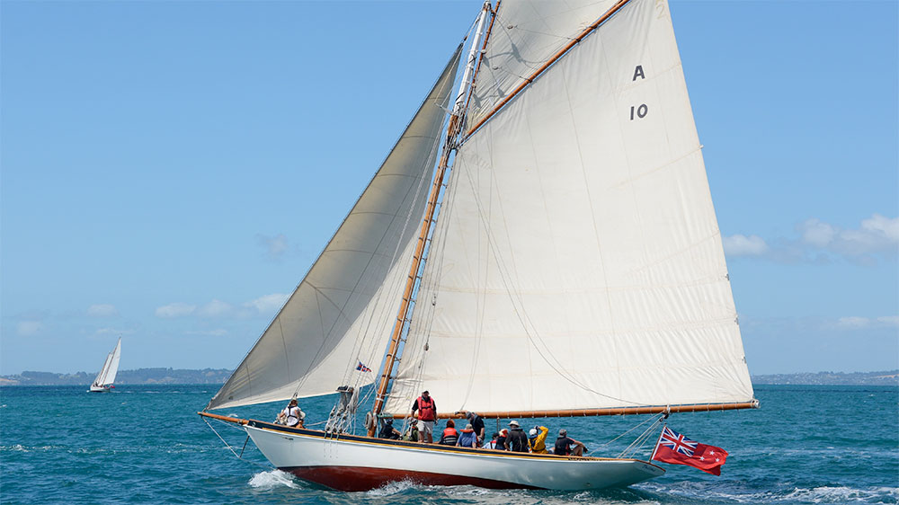 Thelma Classic Yacht